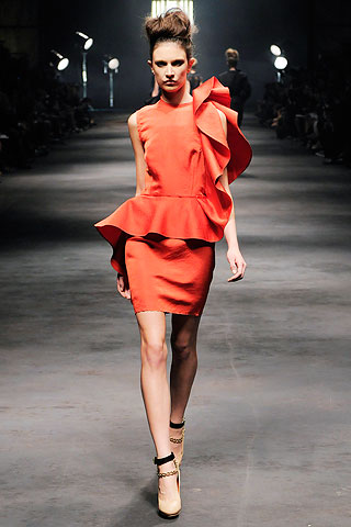 lanvin spring summer 2010, peplum dress, spiral dress, red dress, fashion 2010