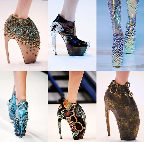 Alien shoes, twelve inch heels, lady gaga shoes, alexander mcqueen shoes