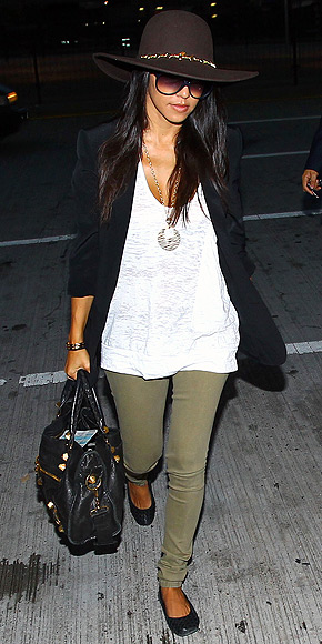 Kourtney Kardashian dressed casually in flats