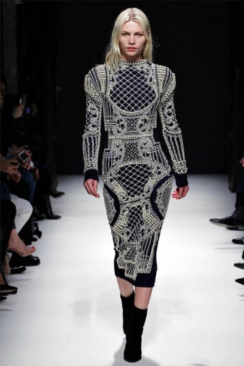 Balmain Winter 2012-13 velvet embellished dress