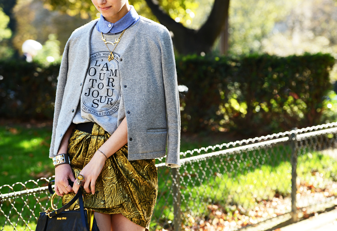 Grey sweatshirt ensemble